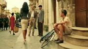「电影」《西西里的美丽传说》这一段配上音乐, 你会爱上了女主角