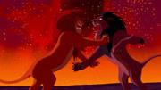 狮子王:丁满去救辛巴这幕,要是重复5遍,能让我笑到肾疼
